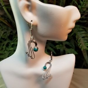 Jewelry - ELEGANT EARRINGS NWOT